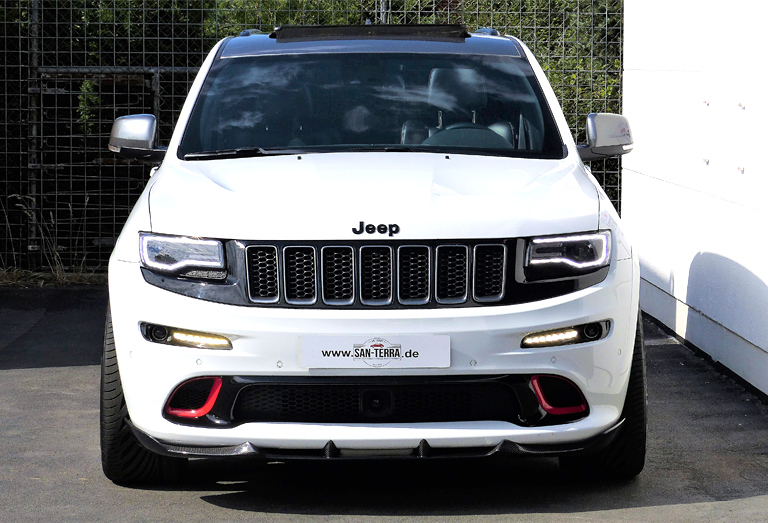 tuning-jeep-grand-cherokee-night-trackhawk-03